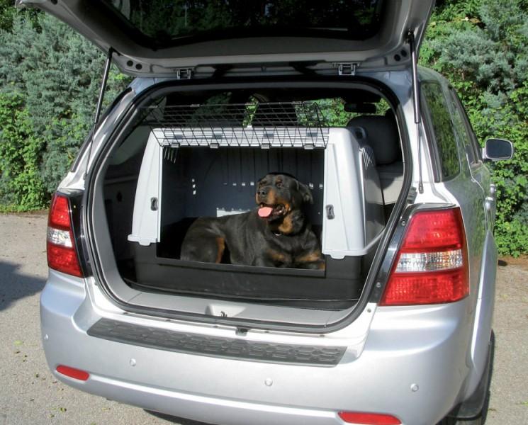 caisse de transport voiture pour chien taupier sur la france. Black Bedroom Furniture Sets. Home Design Ideas